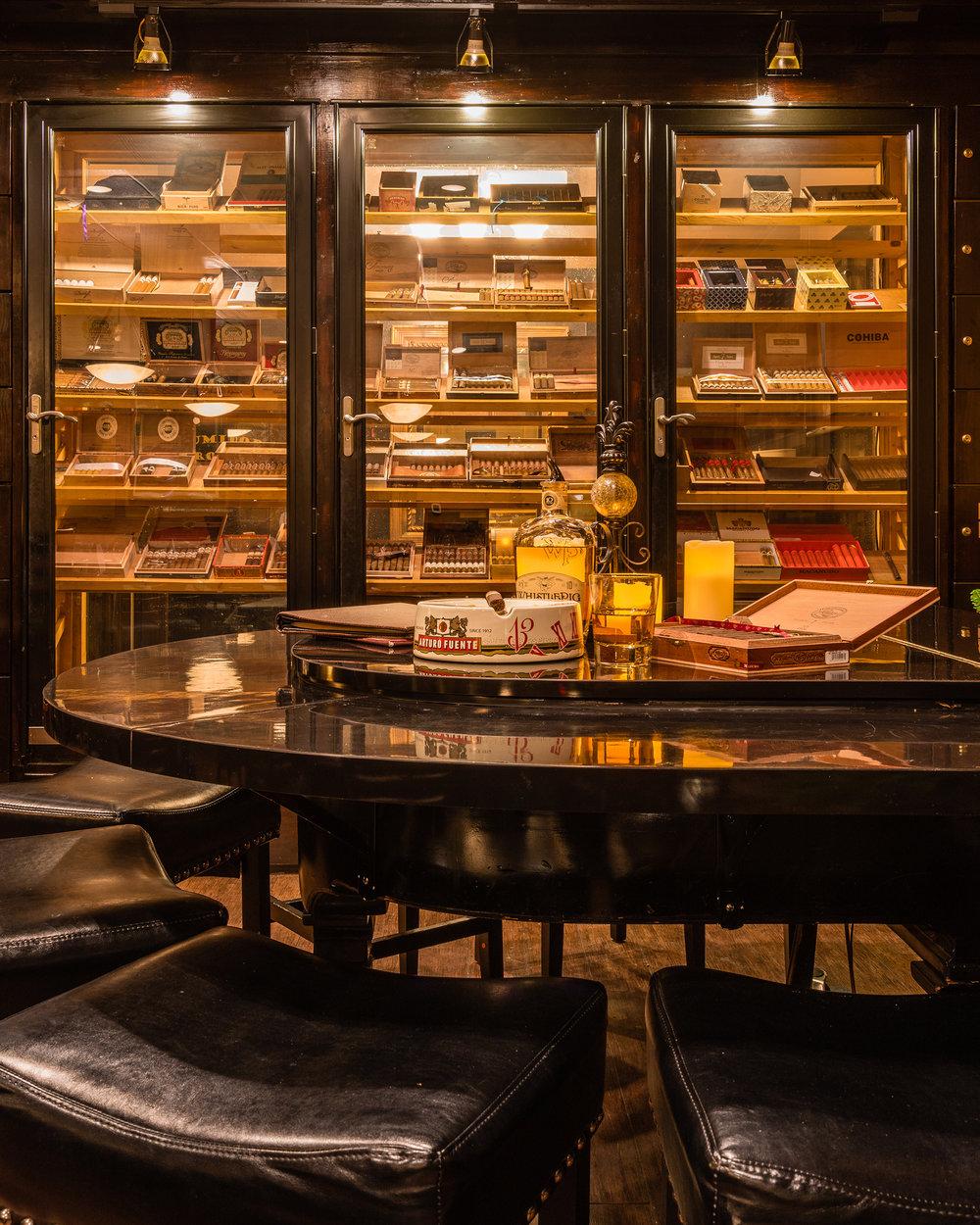 7-Tipps-zur-Auswahl-des-richtigen-Zigarrenhumidors-florianventures-1